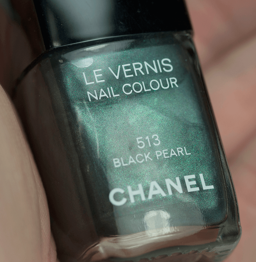 chanel-nail-polish-black-pearl-closeup