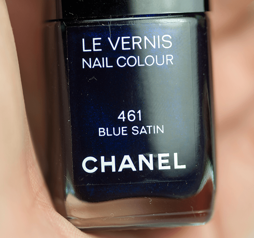 chanel-nail-polish-blue-satin-closeup