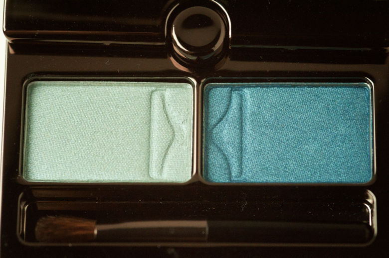 hourglass-eyeshadow-duo-lagoon-closeup