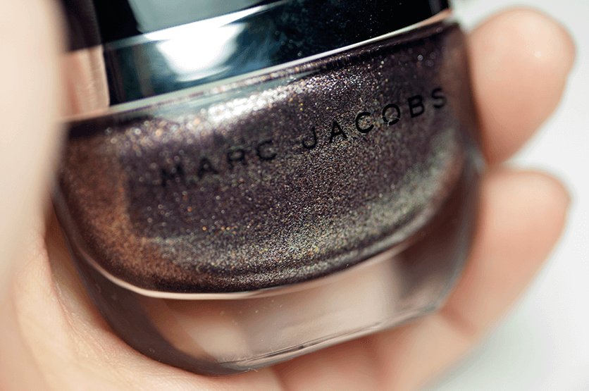 marc-jacobs-nail-polish-petra-bottle