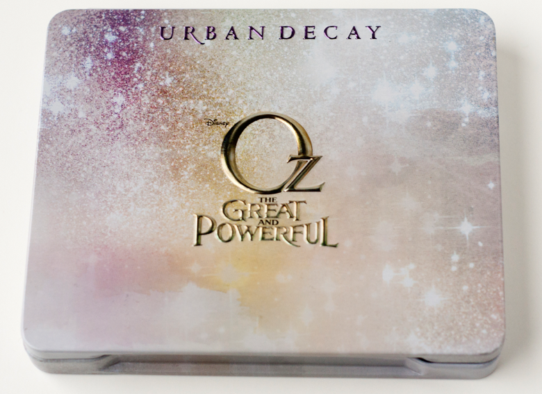 urban-decay-glinda-palette-closed